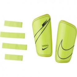 Nike Mercurial Hard Shell aizsargi
