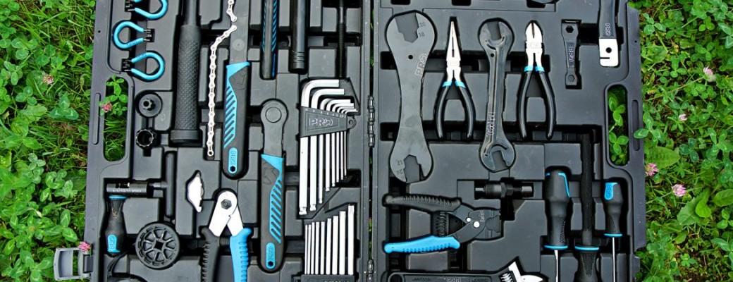 Instrumenti, kopšanas līdzekļi